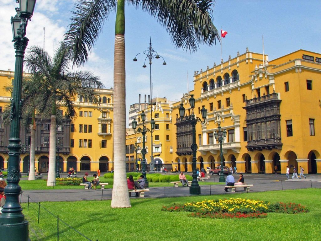 Laicos Sopeña en Lima